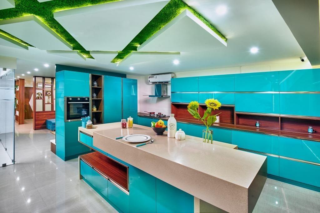 Kitchen teal slider